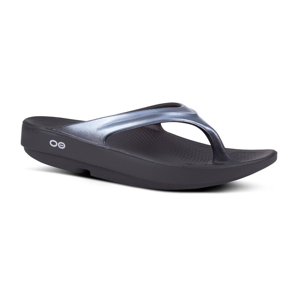 Oofos OOlala Graphite Thong Sandal