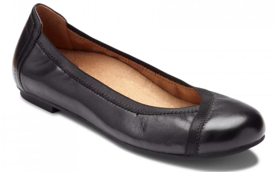 Vionic Women's Caroll Ballet Flat Black Leather