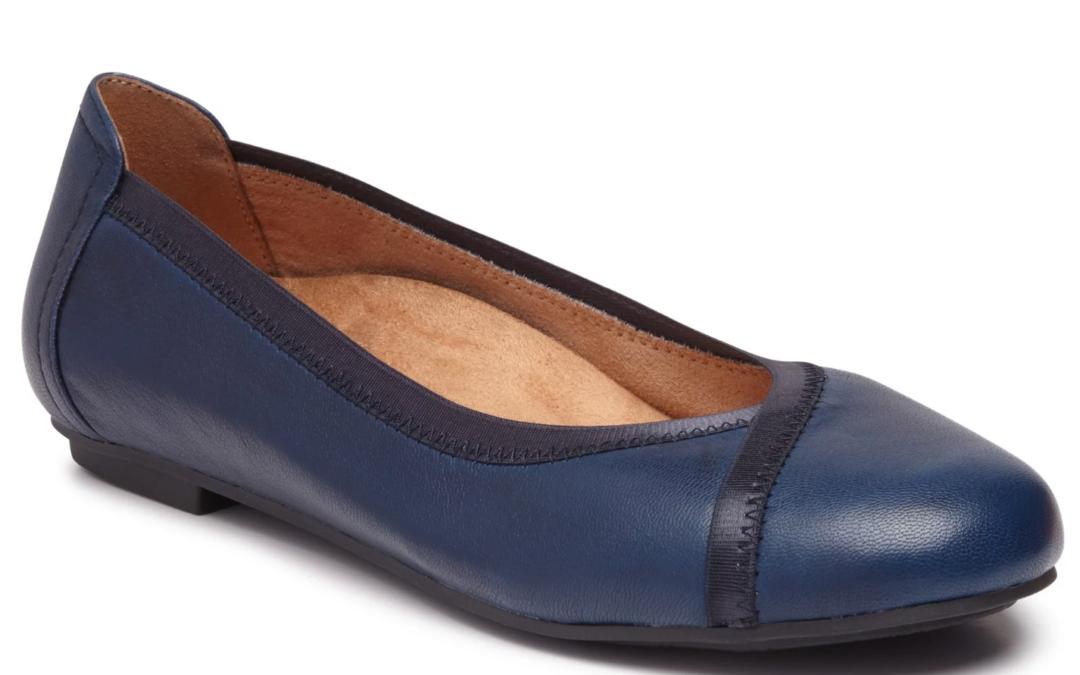 Vionic Women's Caroll Ballet Flat Navy Leather